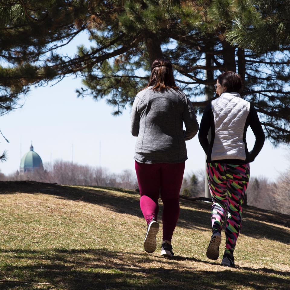 üres gyomoron futni, hogy több súlyt lefogyjon